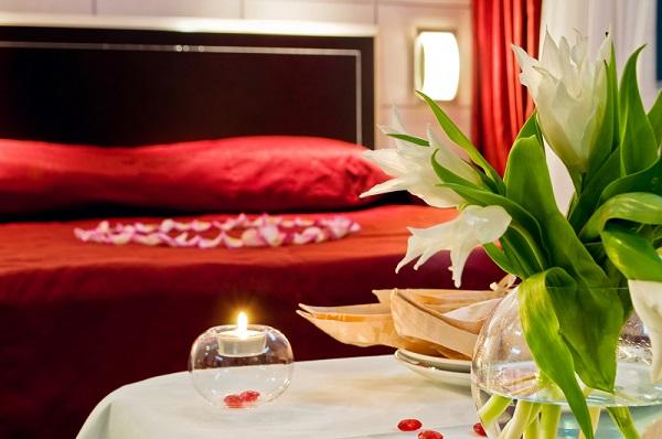 Como adornar la habitacion para una noche romantica 1